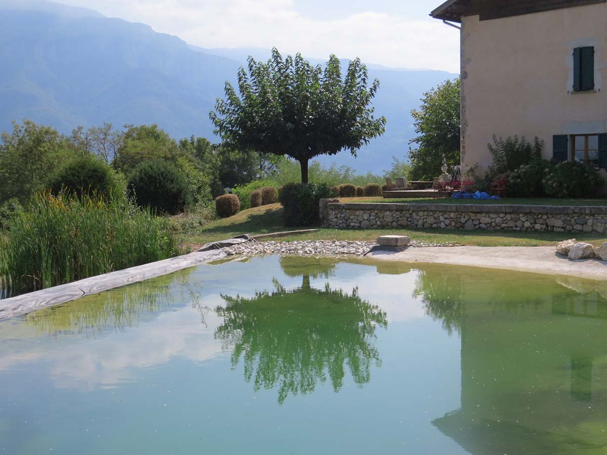 Piscine naturelle cosmos paysagecosmos paysage for Accessoire piscine magiline